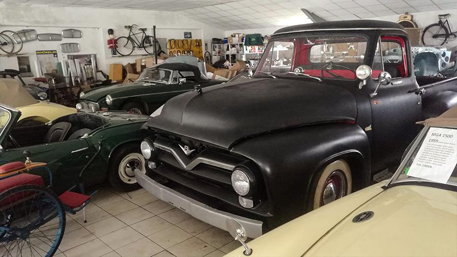 voiture ancienne // old car /tout sur les voitures anciennes de